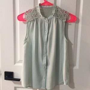 Green blouse 👚